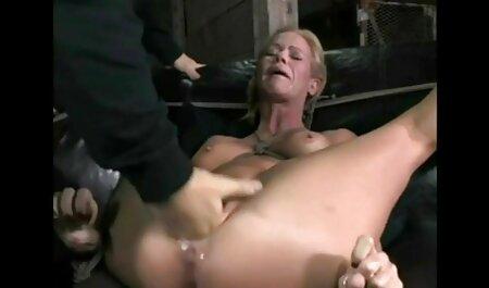 دانشجو طول می فیلم سکسی مادر حشری کشد و عکس از یک ازدواج