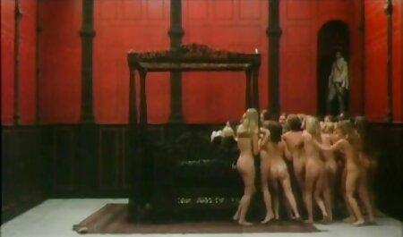 میلا میلانا نیاز به دو سکس زن حشری شن و ماسه
