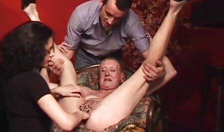همسر و دوست دختر از مرد طاس ارائه فیلمهای حشری یک بازی سه نفری فراموش نشدنی