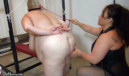 چوچول زن, نشستن به صورت, مکیدن, لزبین, با قیچی تنگ سکس با مادرزن حشری